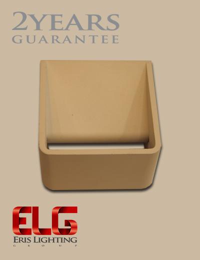 چراغ دکوراتیو مکعب بدنه سفید/مشکی مدل Q040