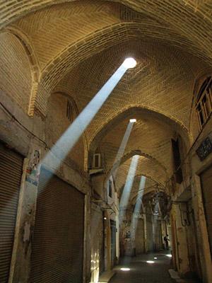 نور و روشنایی در معماری گذشته و مدرن