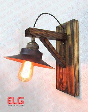 چراغ دیواری چوبی کلاهدار